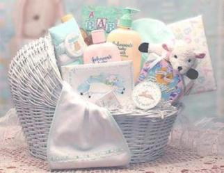 Baby Gift Basket - Welcome the baby home with this bassinet!