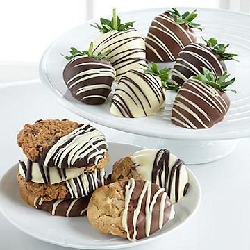 Chocolate Covered Strawberries & Cookie Combo