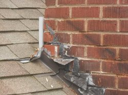 Worst Roof Flashing Job Ever!