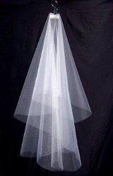 Veil Clip Holding Full Drop Veil