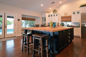 This Large addition game plenty of kitchen space�