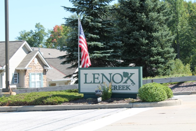 Lenox Creek Condos for Sale Strongsville Ohio