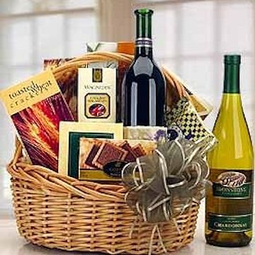 Our traditional wine gift basket of one bottle of red or white wine.