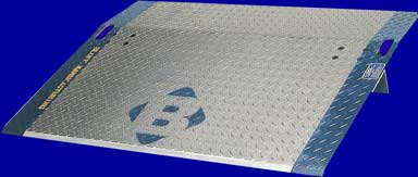 Bluff Aluminum Dockplate