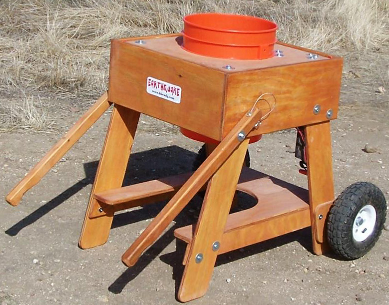 Earthquake Vibrating Classifier with Wheel Kit