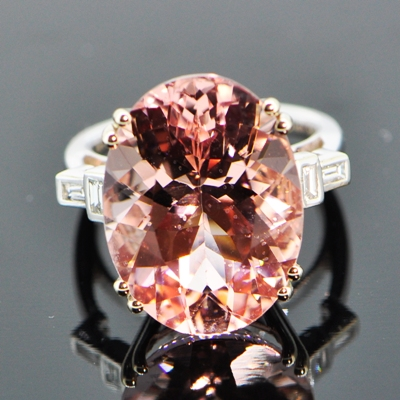 flamingo pink morganite in whiote gold with diamonds