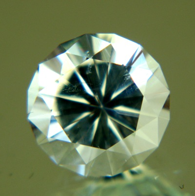 brilliant cut white beryl like a diamond