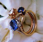 natural sapphires set in double colored gold ring