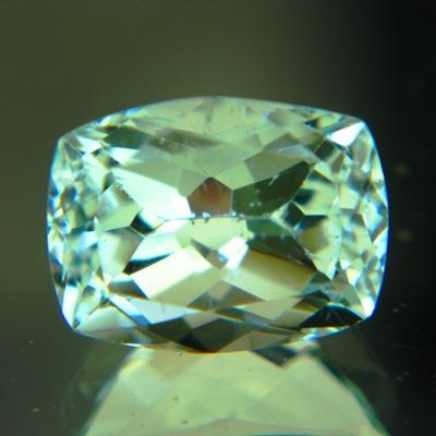 green Zimbabwe beryl 4 carats