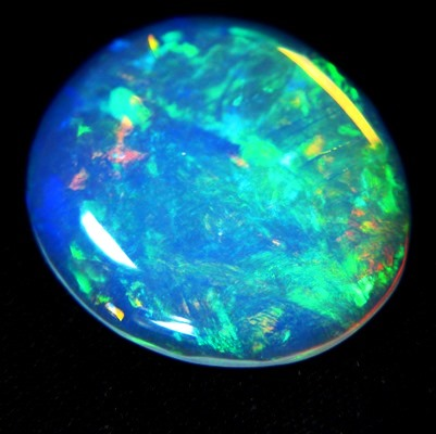 untreated rainbow colored crystal welo in coin shape round and thin