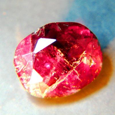 opaque almost 100% color change alexandrite from Zimbabwe