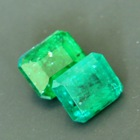 matching pair of certified oilonly emeralds with different chromium content producing different imag