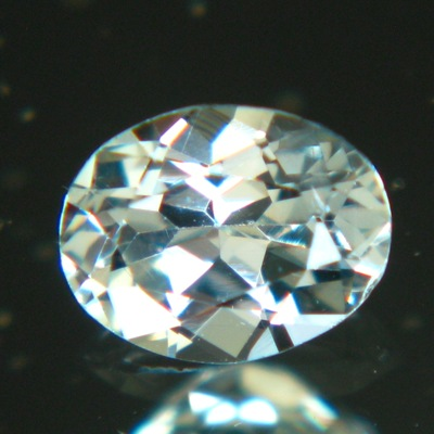 US sapphire no heat green-blue diamond-like sapphire