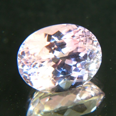 pastel untreated pink gemstone kunzite