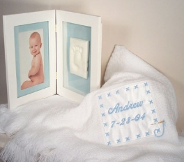 Personalized Shawl W/Picture Frame (Boy)