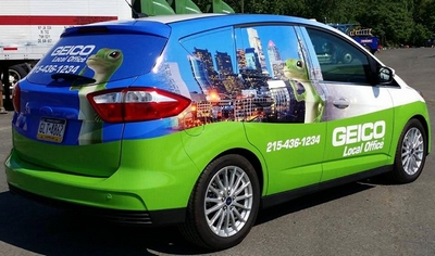 Geico car wrap - Apple Graphics