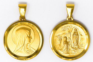 Lourdes Apparitions Pendant.