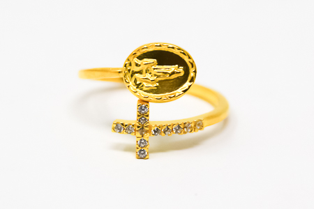 Our Lady of Fatima Gold Ajustable Ring.