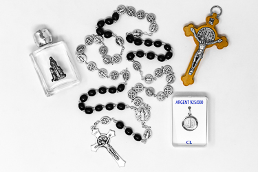 Mens St Benedict Rosary Gift Set.
