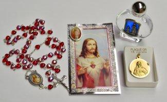Sacred Heart of Jesus Gift Set.