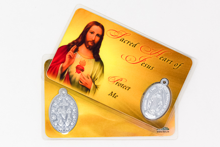 Sacred Heart of Jesus Laminated Prayer Card & Medal.