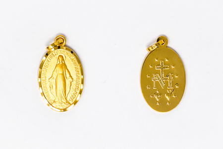 Miraculous Medal 9 kt Gold.