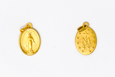 Miraculous Medal, in 9 and 18 kt Gold.