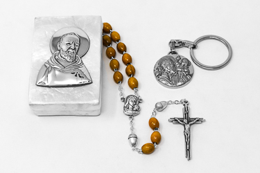 St. Christopher & St. Pio Gift Set.