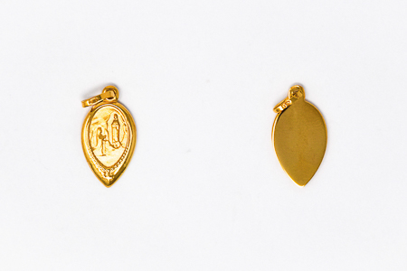 Apparitions, 9 kt Gold Pendant.
