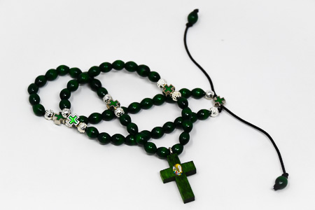 Wooden Elastic Green Lourdes Rosary Beads.