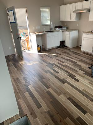 Kitchen floor with Hardwood